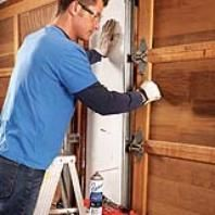 Website full of DIY projects and home repair tips