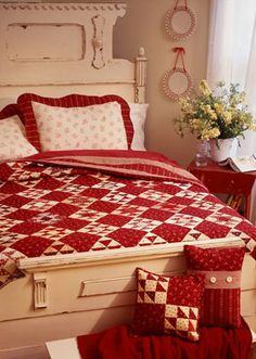 pillow patterns, red, white quilt, quilt patterns, cozy bedroom, quilt project, color, accent pillows, quilts