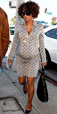 Maternity Fashion Celebrity Choice On Pinterest Pregnant Celebrities Celebrity Maternity