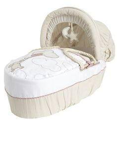 Classic Winnie The Pooh Moses Basket. I LOVE this