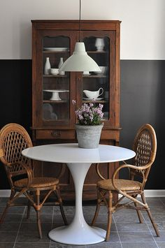 rattan chairs + round table