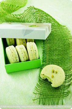 Pistachio Lemon Cream Macarons