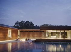 Curved House / Hufft Projects