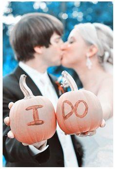 Fall Wedding Ideas – Pumpkins -InvitesWeddings.com