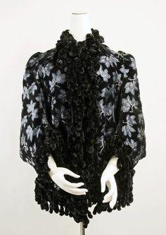 28-10-11 1886 coat