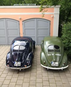 Blue and Green Split Window Beetle VW