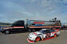 Penske Racing, Discount Tire, Freightliner