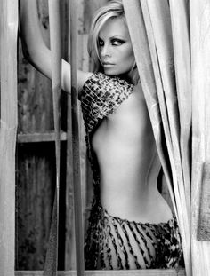 ✯ Charlize Theron ✯