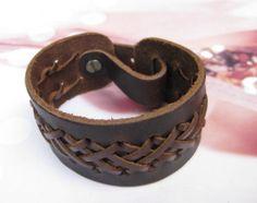 Bracelet women bracelet men bracelet made of by braceletbanglecase, $8.00