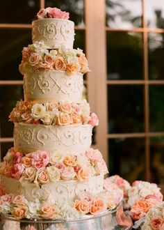Wedding cakes with flower decorations - i want ol buttercream plsss...ok too much to ask