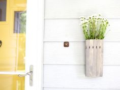Make a wooden floral vase from a hardware store staple - paint sticks #FallDIY ~ @bystephanielynn