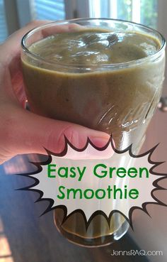 Easy Green Smoothie #cleaneating #paleo #realfood - Jenn's RAQ