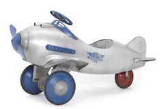"""Pursuit"" pedal car for Murray/Viktor Shreckengost designer 1940s"