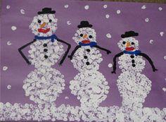 Q tip snowmen