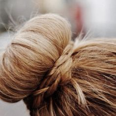 Such a simple updo!