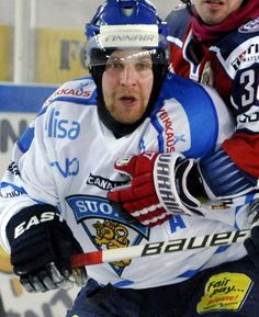 Maple Leafs 'dynamic' prospect Leo Komarov hopes to make the jump from KHL