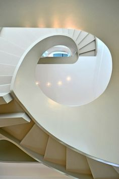MOCO LOCO Galleries | Ribbon House by FAK3