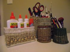 Easy to make desk tidies. Made with card and bamboo skewers for the base then weave with whatever you have.....Funky huh?