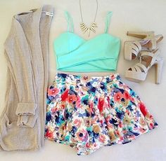 Long Sweater with a Gold Necklace, Blue Mint Crop Top with Flowy Floral Shorts and Tan Strapped Heels.