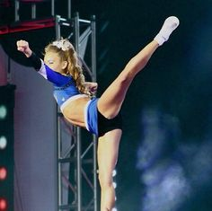 Gabi Butler Smoed; in love arabesque