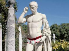 Man Florals, Mature Women Enjoy the Spotlight, and Guys Keep Underwear for How Long?