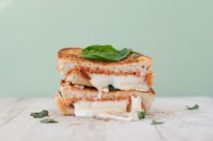 """The Margherita"" Pizza Grilled Cheese 
