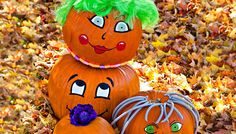 Check out this adorable pumpkin family. Create your own using pipe cleaners, paint, or permanent markers.