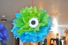 Monster Eye Pom