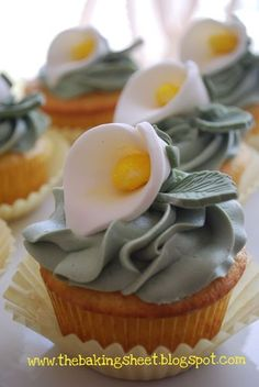 cupcake recipes, calla lilies, food, easter calla, coconut macaroons, cupcake decorations, easter cupcakes, lili cupcak, calla lillies