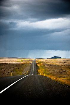 Road to Húsavík