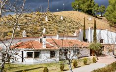 Escape: Eco-Friendly Cave Hotel in Spain