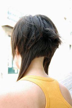 lindas cuts and tans / 337-584-2855