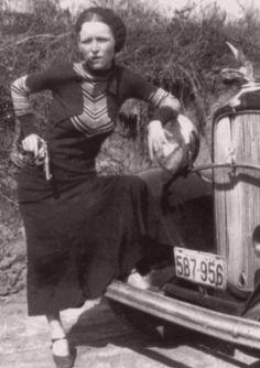 Bonnie Parker cigar pose