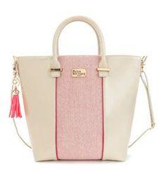 Topshop tote {love the pretty pink tassel}