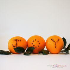 DIY Orange Pomanders
