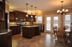 level kitchen designs | This kitchen is in a 3 bedroom Bi-Level home