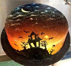 Halloween cake - by CakesByJackie @ CakesDecor.com - cake decorating website