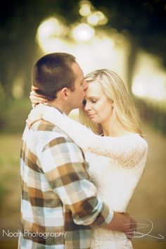 #engagement session.  photography by Brian Noah  http://www.noah-photography.com  #engagements #weddings #photography