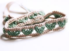 DIY: Hair ribbon with heart pattern crochet