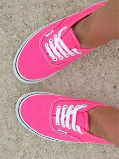 Pink. Vans. O.o Yes!