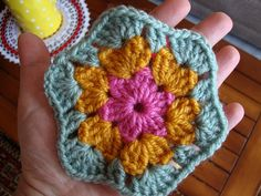 Love at First Sight hexagon. Free pattern.