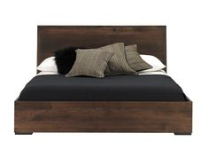 Forest Heights Platform Bed by Baronet