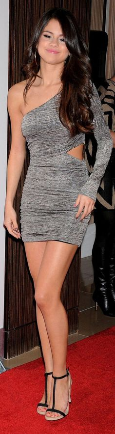 So love the dress....the shoes although I wouldn't wear them with this outfit they could b ok with something else