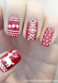 Winter sweater-themed nails. Fun and clean