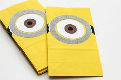 How to make a Despicable Me pinata and party bags  #DespicableMe #Minions favor bags, birthday party favors, minion birthday, treat bags, birthday parties, party bags, goody bags, goodie bags, loot bags