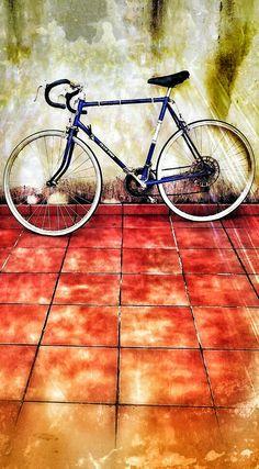 Antigua bicicleta de velocidad - vintage.