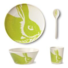 Green bunny dish set. Oh I would love this so much.