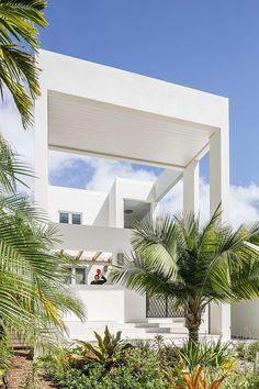 Royal Palm Residence by NC-office / Miami Beach, Florida, United States