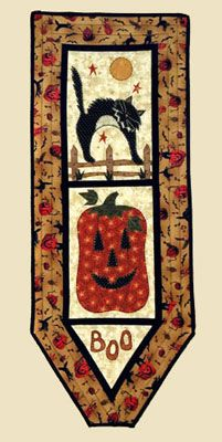 """Boo Wallhanging Pattern by Quilter's Clutter at KayeWood.com. 46"""" x 16"""" http://www.kayewood.com/item/Boo_Wallhanging_Pattern/3362 $10.00"""