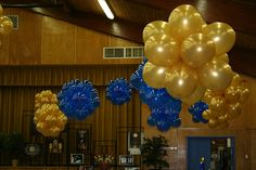 Balloon cloud 9 and balloon topiary on pinterest nine d for Balloon cluster decoration